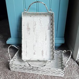 🦌 Antiqued Tray Set